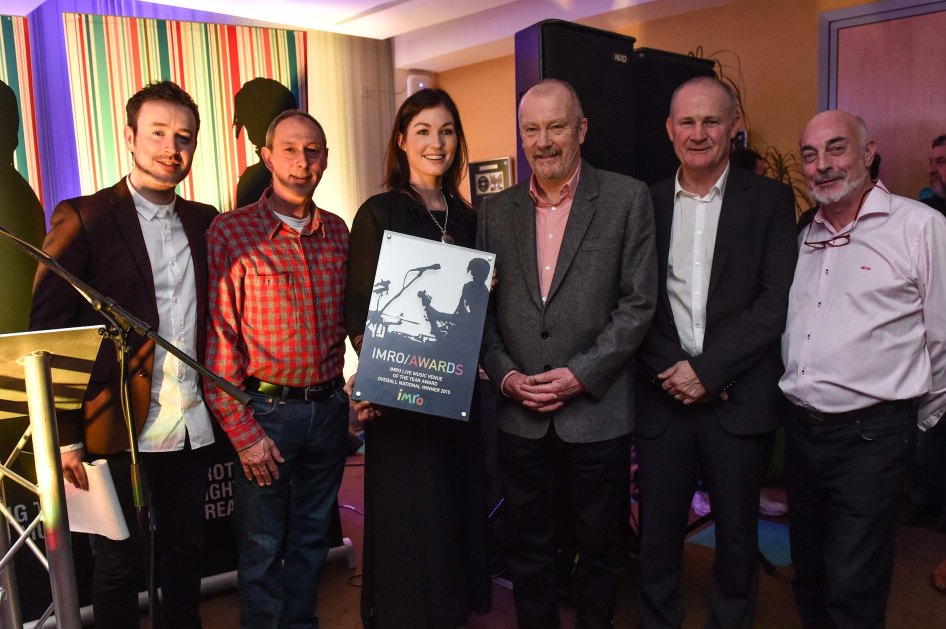 Andrea Keogh accepting the IMRO Live Music Venue 2015 Award on behalf of The Set Theatre, Kilkenny with Paddy McKenna, Steve Lindsey, Keith Donald, Victor Finn and Johnny Lappin.