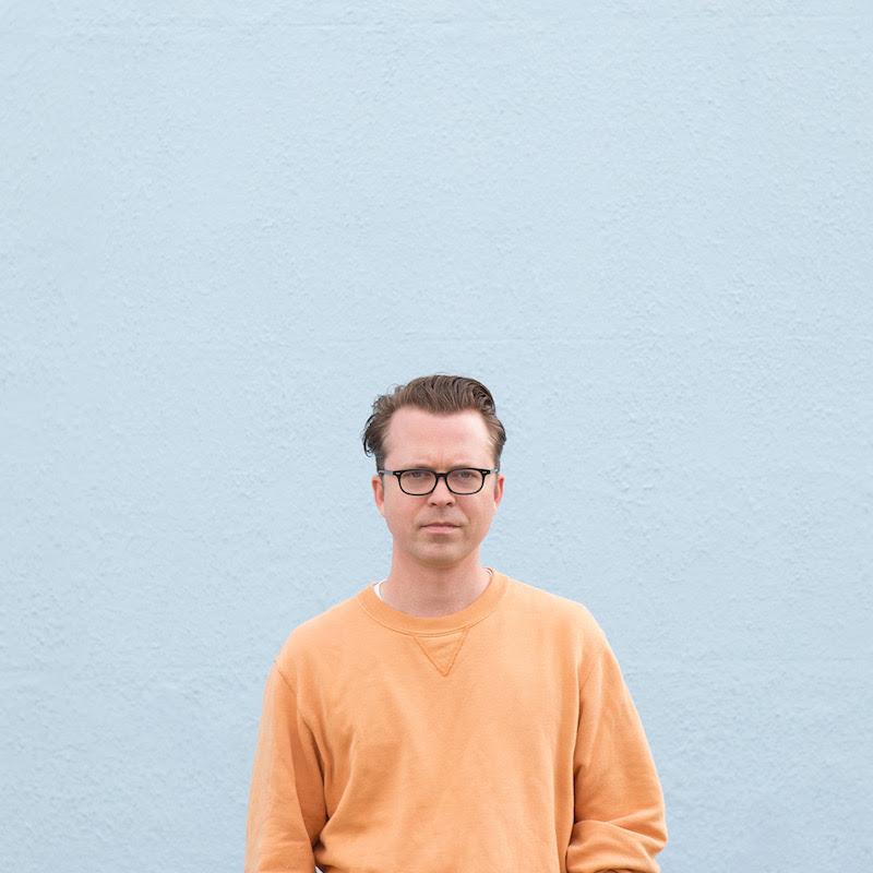 Portrait of musician Tom Vek by Kat Green, 2020